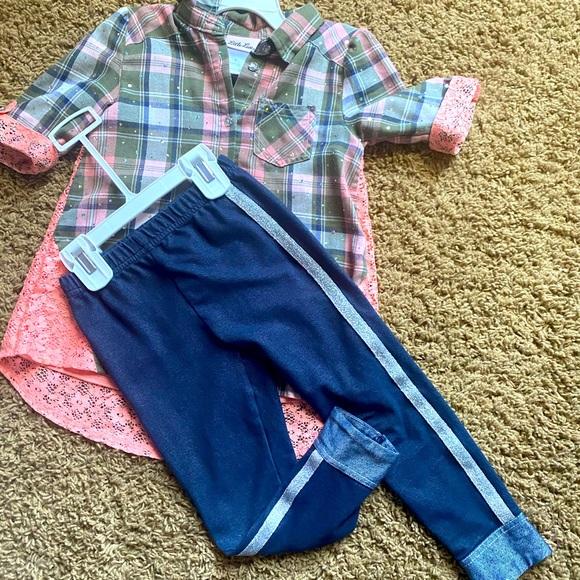 Girls Small cute shirt and bottoms
